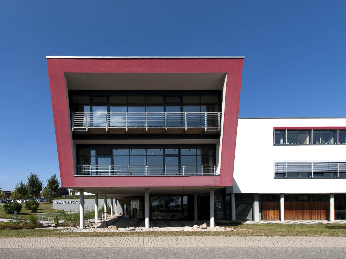 Firmengebäude Front helag-electronic Nagold Graf-Zeppelin Str