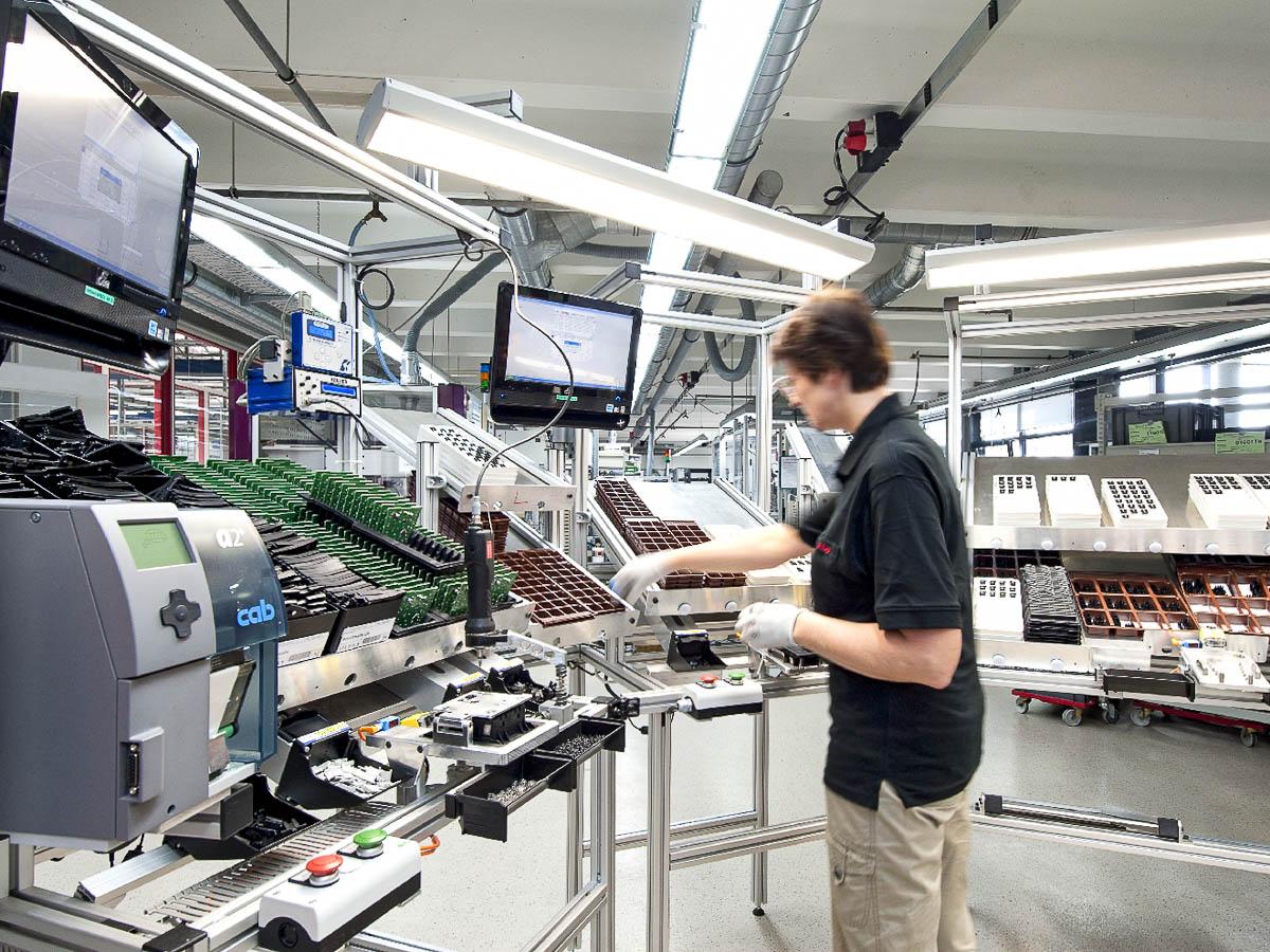 Produktion Bestückung helag-electronic Nagold